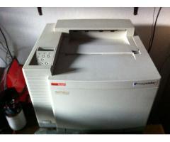 A4 laserski printer u boji QMS MagiColor2 DeskLaser